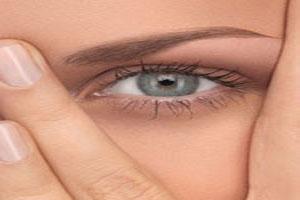 علت سیاهی اطراف چشم چیست؟