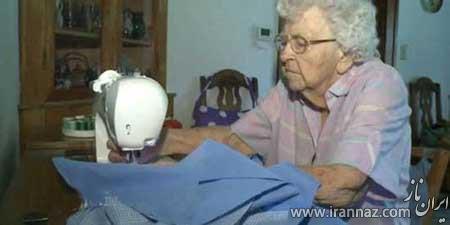اقدام پیرزن خوش قلب برای خیریه ها (عکس)