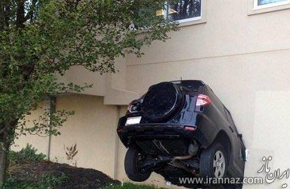 حادثه ای باورنکردنی در رانندگی با سرعت بالا! (عکس)