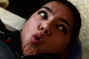 تلاش شدید دختران افغانی برای رسیدن به اندام مناسب (عکس)