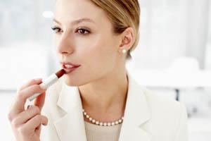 آرایش غلیظ یا آرایش معمولی در مصاحبه کاری؟!