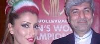 عکس یادگاری هوادار والیبال در کنار یک دیپلمات ایرانی