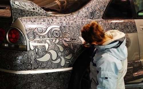 ایده خلاقانه این زن برای دلربا شدن وسیله نقلیه اش (عکس)