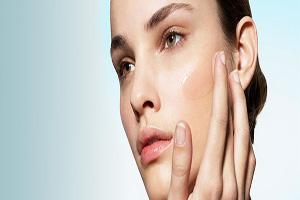 6 راهکار برای افرادی که پوست چربی دارند