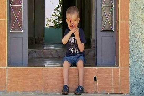 پسر بچه ای که چهره اش مشخص نیست! (عکس +16)