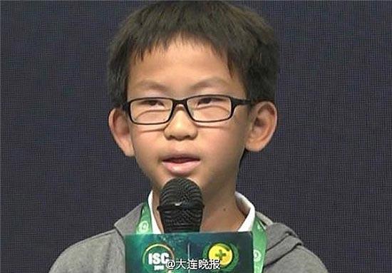 این پسر بچه جوان ترین هکر دنیا است! (عکس)