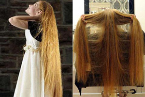 دختری با موهای بسیار بلند و زیبا (عکس)