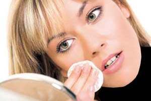 توصیه های مهم آرایشی برای خانم های شاغل و پر مشغله