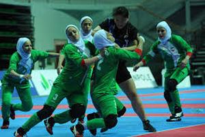 اقدام داور کره ای برای حفظ حجاب بازیکن ایرانی (عکس)