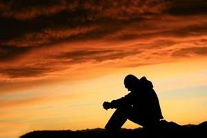 مشکلات روانی افرادی که خود را کمتر از دیگران می بینند