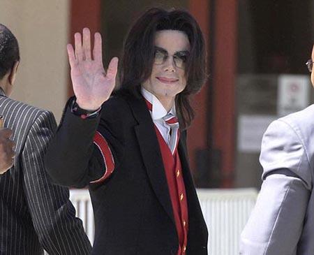 دشمن 73 ساله مایکل جکسون (عکس)