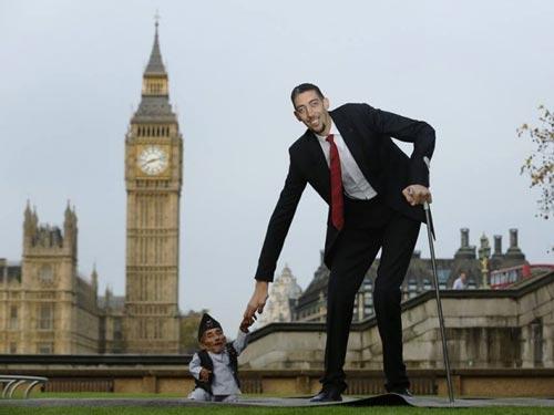 ملاقات بلندقدترین و کوتاه قدترین مردان جهان (عکس)