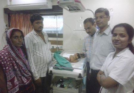 نوزادی که با یک دم به دنیا آمد! (عکس)