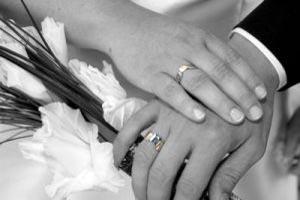 عاقلانه ازدواج کنید نه عاشقانه