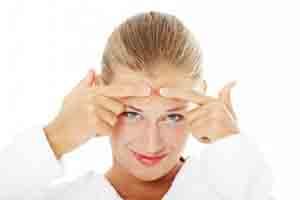 محصولاتی برای درمان جوش های زیر پوستی