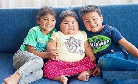 اندام 25 کیلوگرمی کودک ده ماهه (عکس)