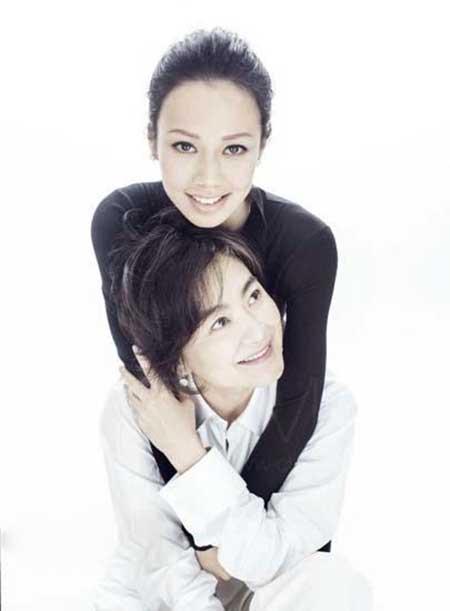 جذابیت بازیگر زن چینی در 60 سالگی (عکس)