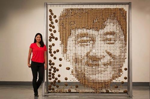 هدیه خلاقانه دختر چینی به جکی چان (عکس)