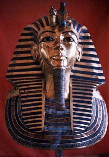 کشف جواهراتی از تابوت فرعون مصر (عکس)