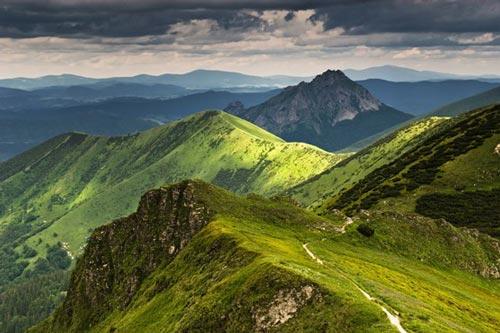 مناظر طبیعی و زیبای کوهستانی در جهان (عکس)