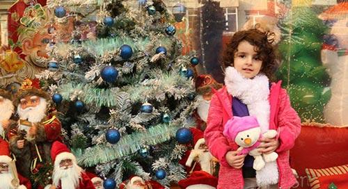 تصاویری از هیاهوی خرید کریسمس در تهران