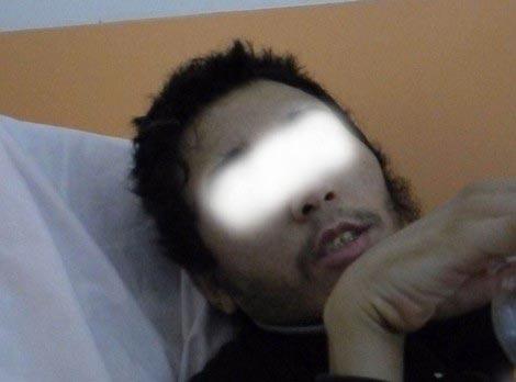 این پسر 6 سال در اصطبل زندانی بوده است! (عکس)