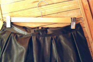 روش هایی برای صاف کردن چروک روی لباس چرمی