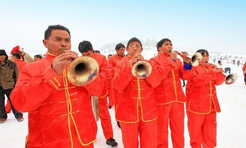 بزرگترین مراسم عروسی در چین (عکس)