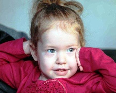 قلب این دختر بچه 3 بار عوض شده است! (عکس)