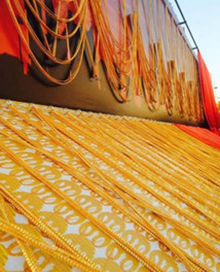 سنگین ترین زنجیر طلای دست ساز (عکس)