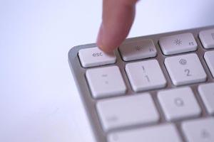 کلیدهای لغو و تأیید کیبورد را بشناسید