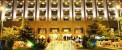 اخراج مستخدم هتل برای درخواست امضاء از جنیفر لوپز