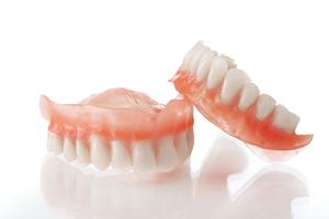 مشکلات و روش های مراقبت از دندان مصنوعی