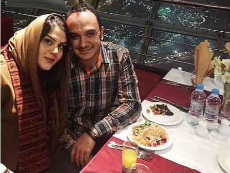 عکس  جدید احسان کرمی و همسرش در برج میلاد