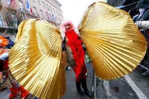 عکس هایی از فستیوال خاص با لباس های عجیب و غریب