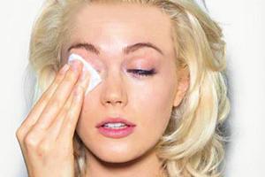 پاک کردن آرایش چشم به روش جیمی گرینبرگ