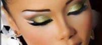 در آرایش چشم سایه پودری بهتر است یا سایه مایع