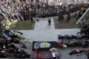 مراسم تشییع زاون قوکاسیان در اصفهان (تصاویر)