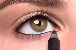 راهنمای تصویری کشیدن خط چشم نامرئی
