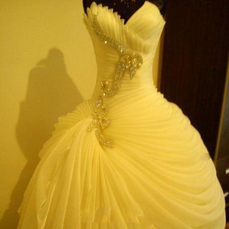 متنوع ترین مدل و رنگ لباس عروس 2015