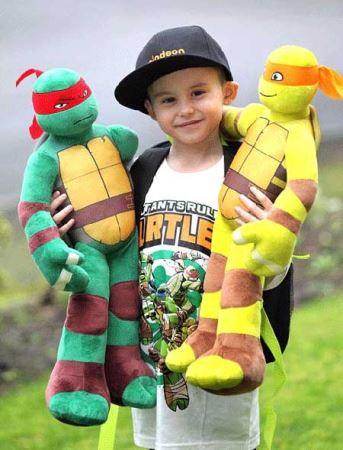 پسر کوچولویی که مهلک ترین سرطان دنیا را شکست (عکس)