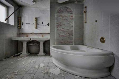 زیباترین هتل متروکه جهان (عکس)