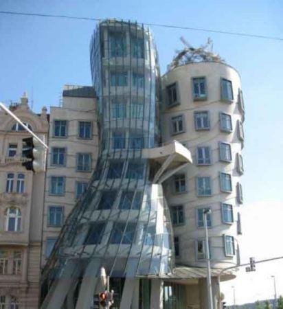 عکس های شگفت انگیز از ساختمان های عجیب
