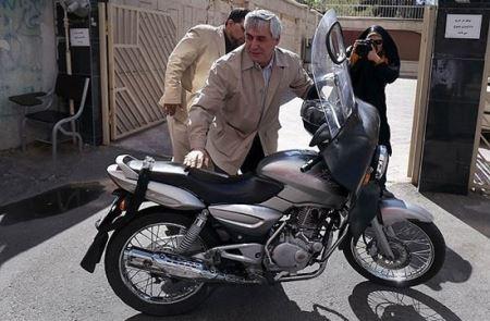 چهره های معروف ایرانی که موتور سوار هستند (عکس)