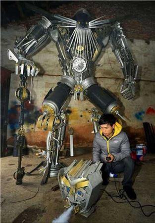 ربات های جالب و دیدنی این پدر و پسر (عکس)
