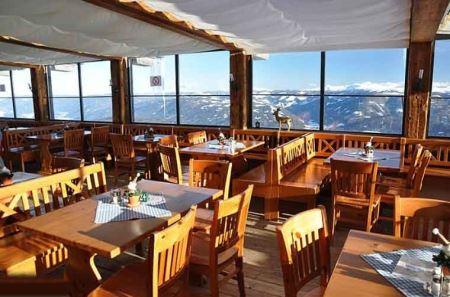 معروف ترین رستوران های جهان با ویوهای خفن و خاص (عکس)