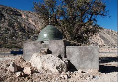 آثار تاریخی روستای دیل در گچساران (عکس)