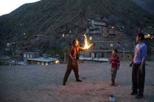 جشن عجیب و خطرناک مردم کرمانشاه در نوروز! (عکس)