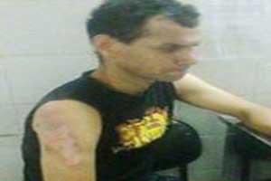 زنی که با چای داغ به داور فوتبال حمله کرد! (عکس)