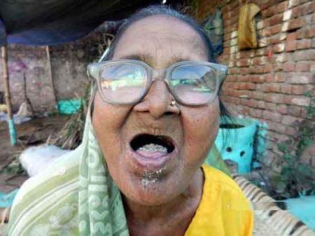 راز عجیبِ سلامتی پیرزن 92 ساله! (عکس)